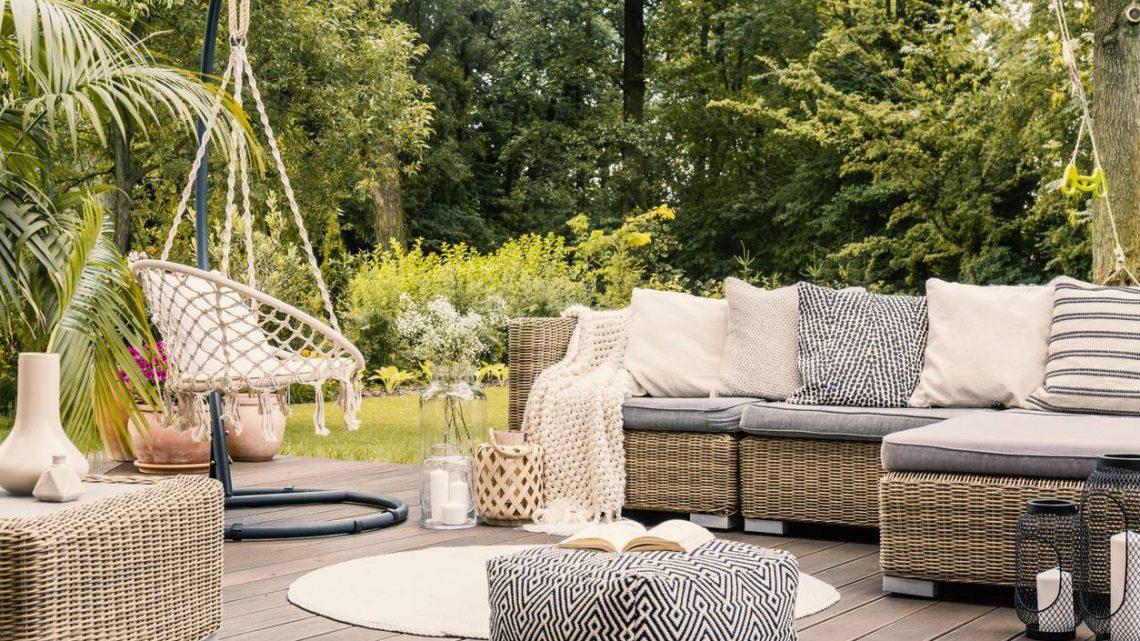 Comment aménager un salon de jardin ?